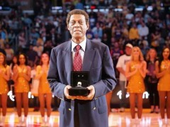 Former NBA Lakers Champion Elgin Baylor Dies