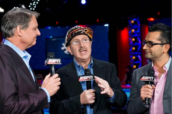 Norman Chad Participates in This Year's WSOP for Charity